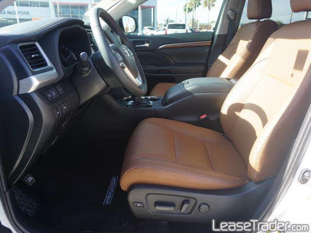 2019 Toyota Highlander LE Interior
