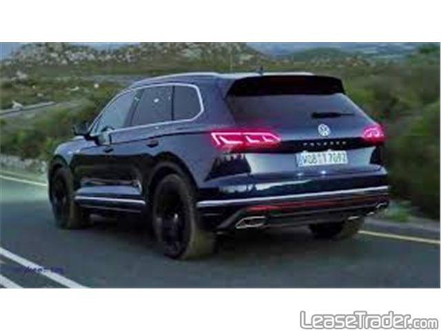 2019 Volkswagen Tiguan 2.0T TSI S Rear