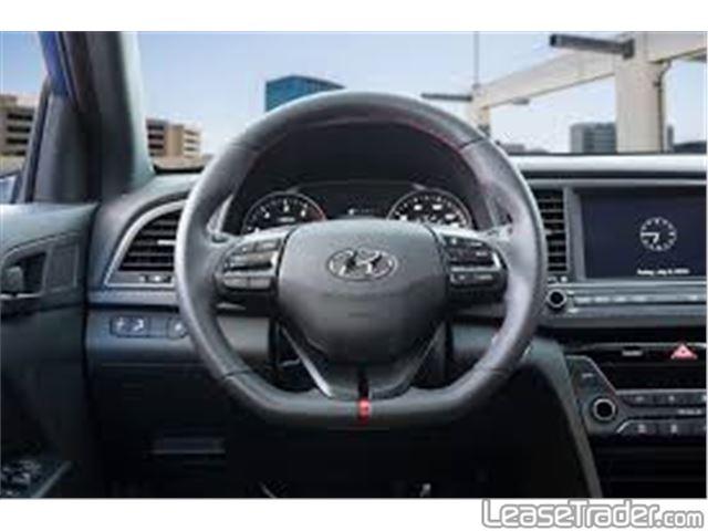 2020 Hyundai Elantra SE Dashboard