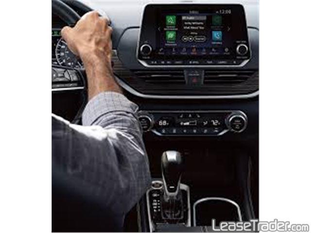 2020 Nissan Altima 2.5 S Dashboard