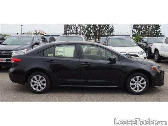 2020 Toyota Corolla LE Side